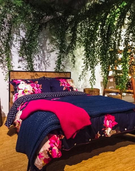 Joules reversible bedding
