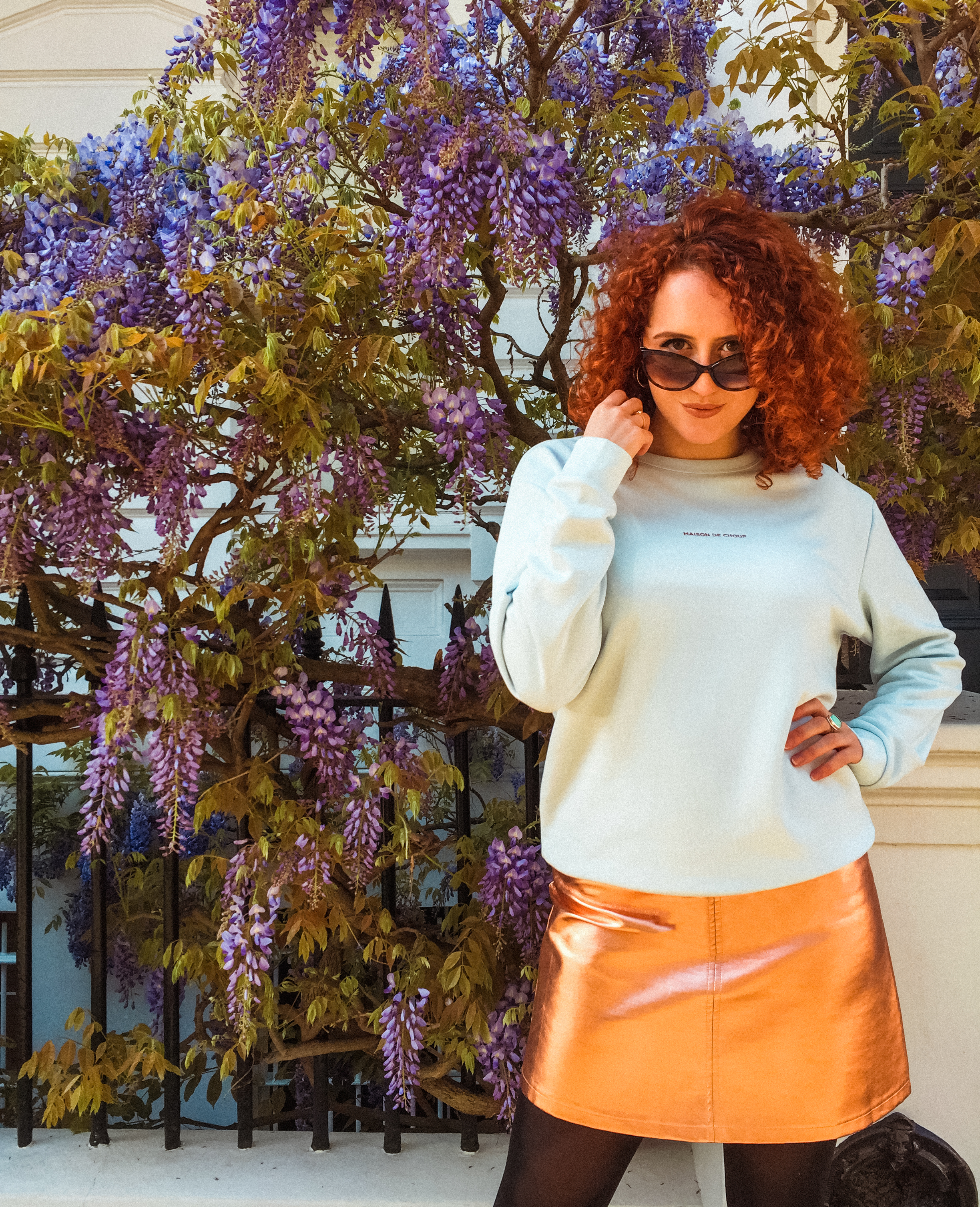 Sweater gold skirt fashion stylist blogger